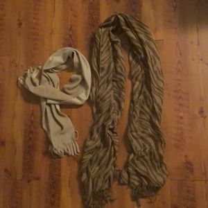 Bundle of 2 Brown/Tan Scarves